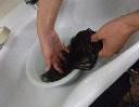 製品を洗う